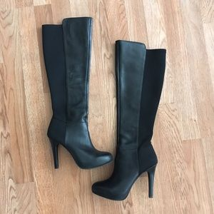 Jessica Simpson knee high boots size 6.5